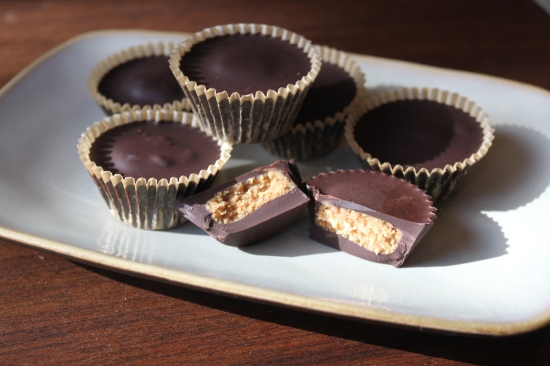 Low Carb Dark Chocolate Almond Butter Cups